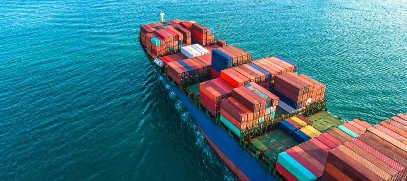 Jak wygląda przygotowanie maszyn do transportu morskiego?