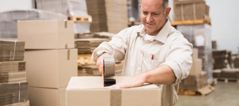 Profesjonalne pakowanie towarów – czym się cechuje i komu je zlecić?